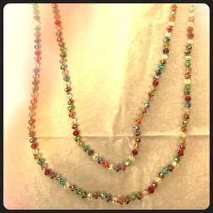 Jewelry - Long beaded necklace